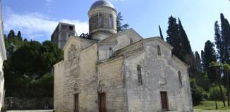 Древний храм в Новом Афоне
