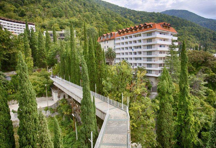 Пансионат Колхида в Абхазии - в горах