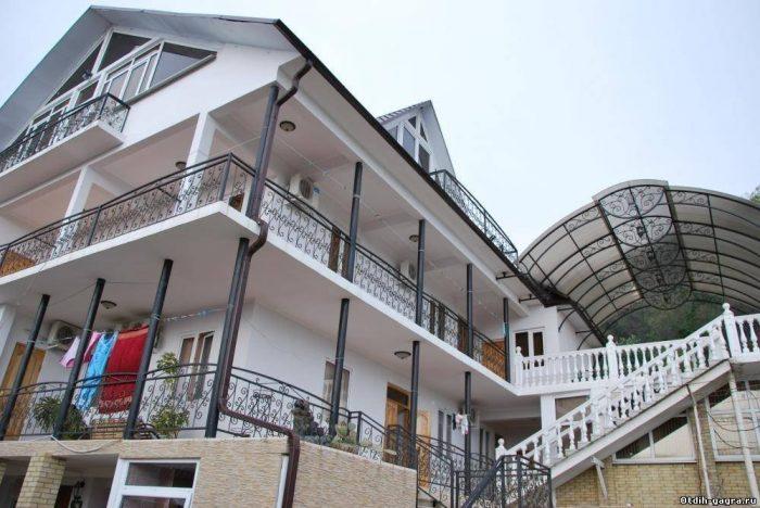 Тимур - мини-отель, фасад