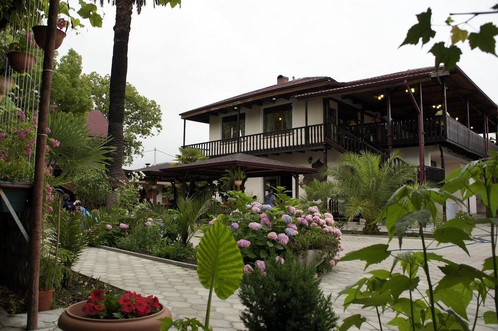 Кафе Нартаа - Сухум, Абхазия