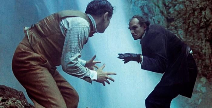 Шерлок Хоумс против Мариарти - водопад Абхазии